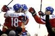 Čeští mladíci se radují z pozdního vyrovnávacího gólu Dominika Kubalíka proti Dánsku