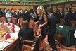 Kateřina Brožová na slavnostním obědě s prezidentem a podnikateli v Šanghaji.