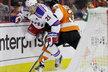 Proti obránci Flyers Radku Gudasovi se musí mít na pozoru každý jeho protihráč