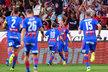 Fotbalisté Plzně se radují z gólu Davida Limberského proti Baníku