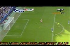 Nešťastné podklouznutí Johna Terryho a následný gól Robina van Persieho