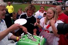 Pavel Nedvěd dostal k nedávným 40. narozeninám dort