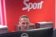 Legendární brankář Dominik Hašek potvrdil konec své kariéry exkluzivně pro iSport.cz a poté se loučil i v redakci deníku Sport