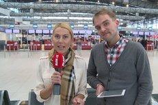 Máte rádi Česko? Bouček si proklepl turisty na letišti!