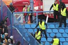 Pelta o bezpečnosti na stadionech