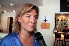 Lenka Krobotová: Život na vesnici si dovedu představit, ale zahradničení není má parketa