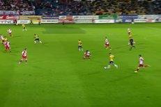 Teplice - Slavia Praha: Gól domácího Litsingiho na 1:0