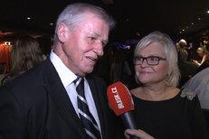 Kerndl slaví 30 let manželství: Žena přišla s kufrem a už neodešla!