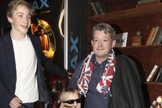 Aleš Háma na premiéře filmu Kingsman, kam dorazil se svými kluky