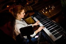 Virtuoska Soukalová: Podívejte, jak vystřihla Smetanovu Vltavu