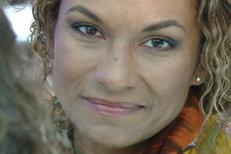Lejla Abbasová změnila svou image: Velké usmíření s Kocábem!