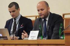 Slovenský expert Jaroslav Naď o ruské propagandě na Slovensku