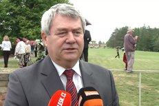 Místopředseda Poslanecké sněmovny Vojtěch Filip (KSČM) považuje vládní krizi za mnohem ostřejší než všechny předchozí. Jde podle něj o řešení korupčních kauz.