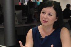 """""""Je to nejpodivnější práce, jakou jsem dělala,"""" říká eurokomisařka Věra Jourová."""