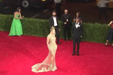 Beyoncé na Met Gala v roce 2015.