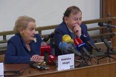 Madeleine Albright v Praze o Trumpovi: Máme nenávidět všechny kromě bílých mužů