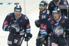 Pardubice - Liberec: Pěkná souhra! Filip Pyrochta zvýšil na 0:2