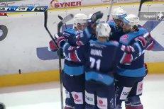 Liberec - Chomutov: Vondrka dorazil kotouč za Willa a otevřel skóre, 0:1
