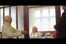 Trailer k filmu Bába z ledu
