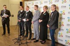 Petr Gazdík na tiskové konferenci nového vedení STAN