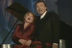 Věra Špinarová a Karel Gott - Paganini (2000)
