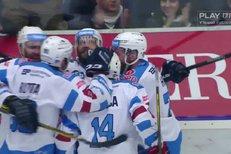 Chomutov - Liberec: Vondrka se dostal přes obránce a před Willem se nemýlil, 2:1