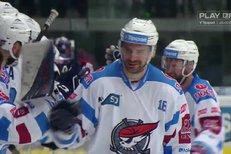 Chomutov - Liberec: Hattrick! Vondrka se podruhé trefil do prázdné brány a završil hattrick, 5:3
