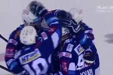 Liberec - Kometa Brno: Erat poslal poslal puk za záda Lašáka a otevřel skóre, 0:1