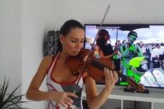 Noidova nová holka, houslistka Andrea Jiskrová