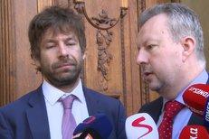 Ministři Pelikán a Brabec o demisi vlády