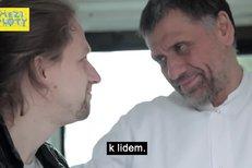 Tomáš Klus patří do Bohnic - upoutávka na festival Mezi ploty 2017