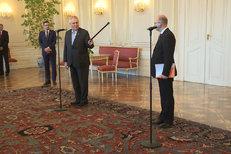 Prezident potupil premiéra na Hradě: Měl jste donést demisi...