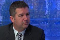 Hamáček: Jak bude probíhat mimořádná schůze poslanecké sněmovny