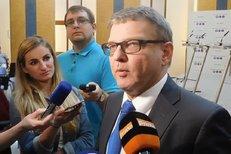 """Tohle se nedělá, říkali o Zemanovi a """"likvidaci novinářů"""" v zahraničí Zaorálkovi"""