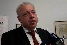 Ministr vnitra Milan Chovanec (ČSSD) je přesvědčen, že zamítnutý zákon o pobytu cizinců přehlasuje Sněmovna. Senát totiž vystavil novele stopku