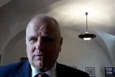 Místopředseda Senátu Jiří Šesták (HOPB): Situace kolem Čuby se mi nelíbí. Měl nastoupit na nemocenskou