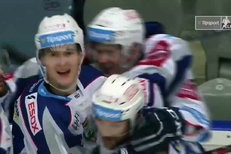 Chomutov - Kometa Brno: První gól po návratu z NHL, Martin Nečas prostřelil Laca, 2:2