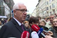 Jiří Drahoš na Národní sklidil potlesk