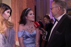 Celeste Buckingham vynesla šperky od romských dětí!