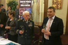 Křest životopisné knihy Strach jsem si nikdy nepřipouštěl o českém stíhači RAF Emilu Bočkovi