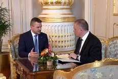 Pellegrini odevzdal Kiskovi jména nových ministrů