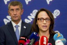 Adriana Krnáčová říká v roce 2014 Andreji Babišovi i voličům, že zjistí, kdo opravdu magistrát řídí