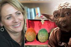 Adriana Krnáčová má v pracovně mistra Yodu a repliku dračího vejce