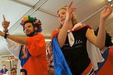 Čeští a slovenští fanoušci obsadili Kodaň. Podívejte se, jak se fandí na MS