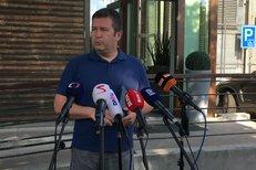 První schůzka Babiše s Hamáčkem po vyhlášení výsledků referenda. Poche je dál ve hře, Babiš představí jeho jméno Zemanovi, řekl šéf ČSSD v Průhonicích