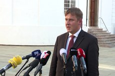 Tomáš Petříček po jednání s prezidentem Zemanem