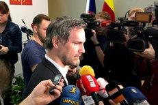 Lídři nové pražské koalice po podpisu koaliční smlouvy.