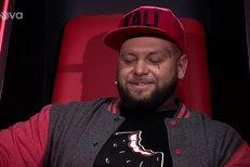 The Voice: Kali hodnotí soutěžícího a nikdo z přítomných mu nerozumí!