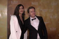 Aneta Vignerová s Kolečkem na premiéře Skleněného pokoje