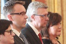 """Prezident Zeman jmenoval nové ministry. Každému dal """"knížecí"""" rady"""